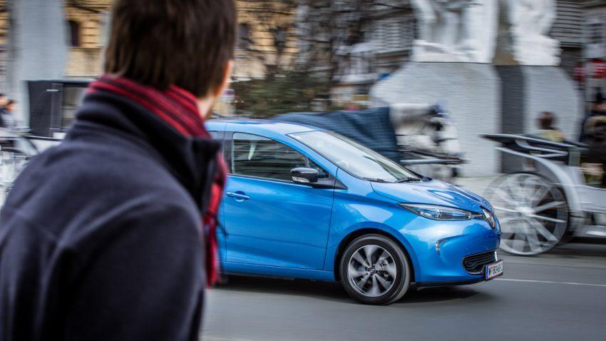 Warum ihr euch in Elektroautos, wie dem Renault Zoe, besser warm anzieht
