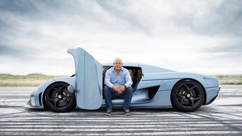 Christian von Koenigsegg hat all seine Supercars stets im Blick
