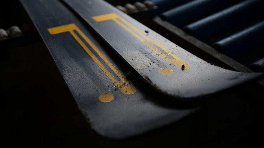 Pirelli präsentiert High Tech-Ski um 1.400 Euro