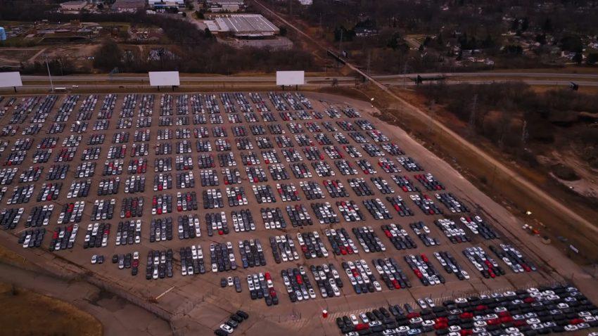 Drohnen-Video: Hier fristen zurückgekaufte Diesel-VW ihr Dasein