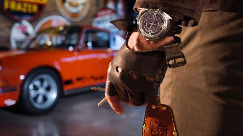 Diese Uhren bestehen aus alten Porsche-Teilen