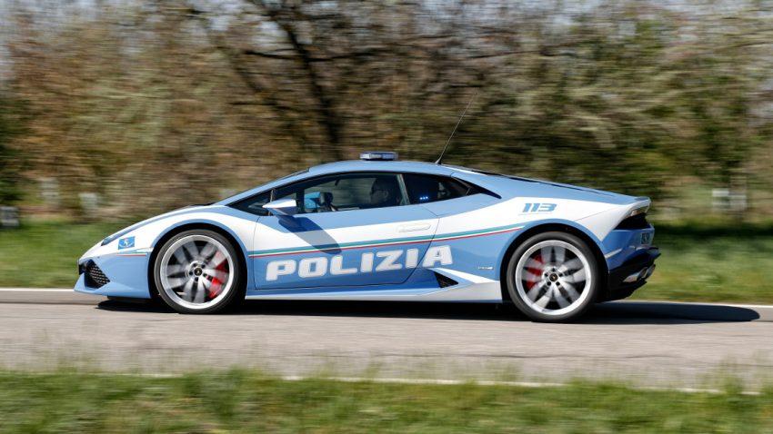 Italienische Verkehrspolizei bekommt neuen Lamborghini Hurácan