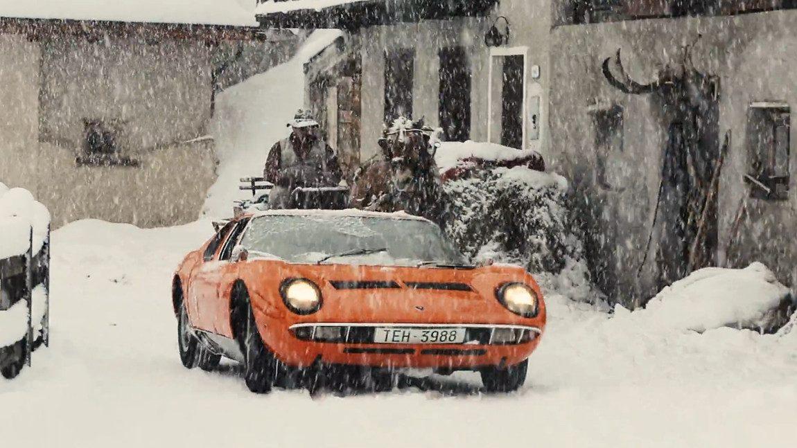 Mit dem Lamborghini Miura durch das Winter-Wunderland