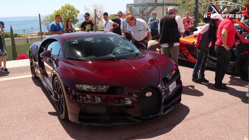 Ein roter Bugatti Chiron verdreht alle Köpfe in Monaco