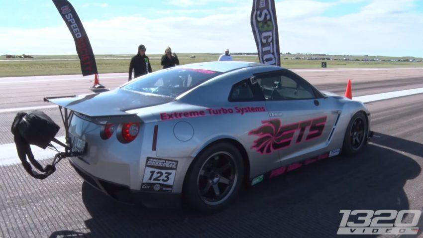 Weltrekord: Dieser 3000 PS-Nissan GT-R beschleunigt in 800 Metern von 0 auf 411 km/h