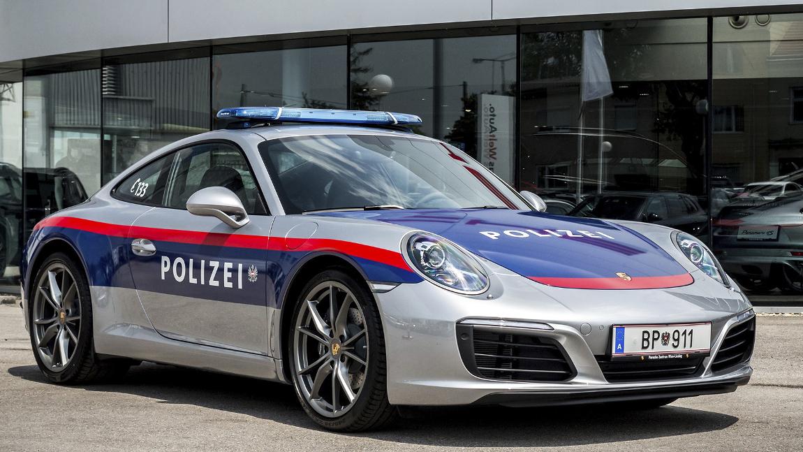 Die Polizei F 228 Hrt Jetzt Porsche Autorevue At