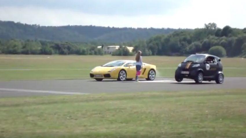 Dieser smart bringt Porsche- und Ferrari-Fahrer zum heulen