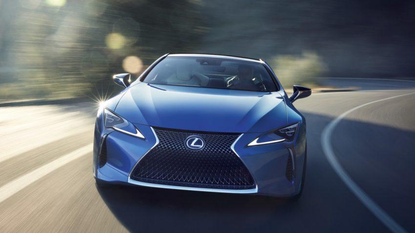 Warum Lexus für die Entwicklung dieser Farbe 15 Jahre (!) brauchte
