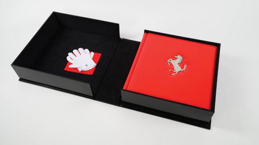 150.000 Euro für ein Ferrari ... Buch???