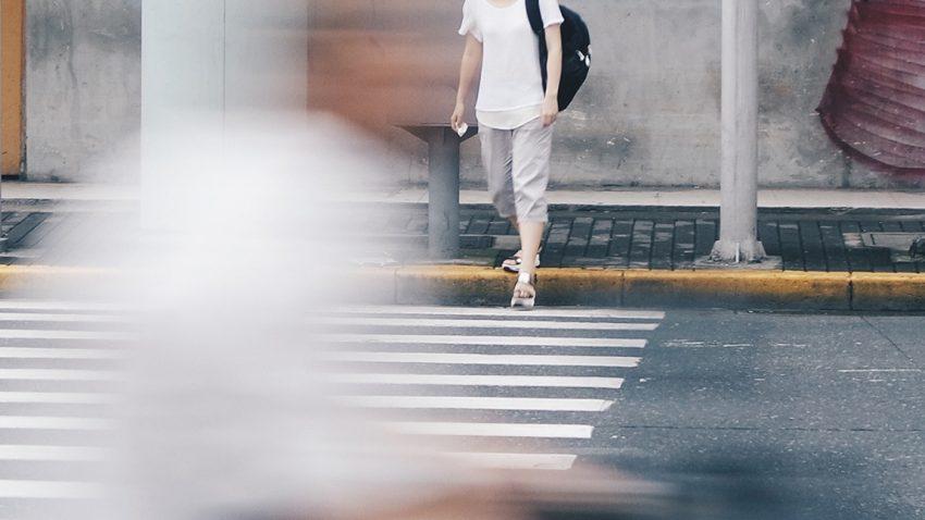 Autofahrer vs. Fußgänger: Rechte und Pflichten der Autofahrer