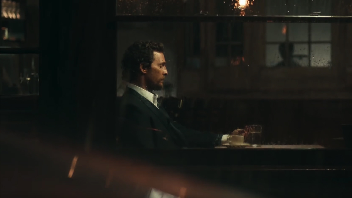 Napflix ScreenshotMatthew McConaughey beobachtet regen