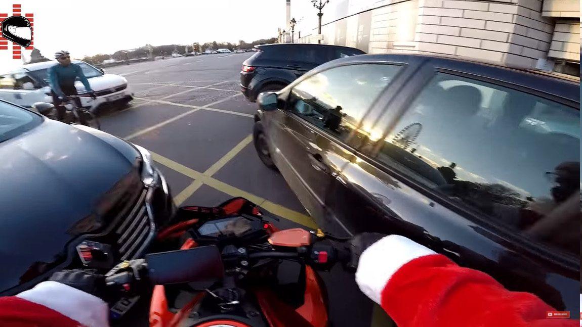 Wie der Motorrad-Weihnachtsmann einen Fahrerflüchtigen zur Strecke brachte