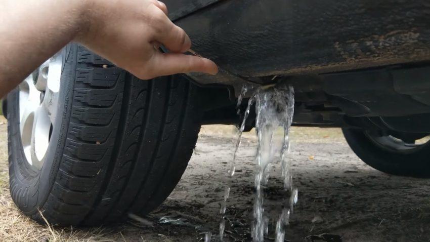 Vielleicht sammelt sich auch in eurem Auto absurd viel Wasser