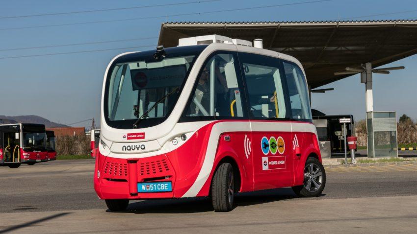 Erster selbstfahrender E-Bus in Wien getestet