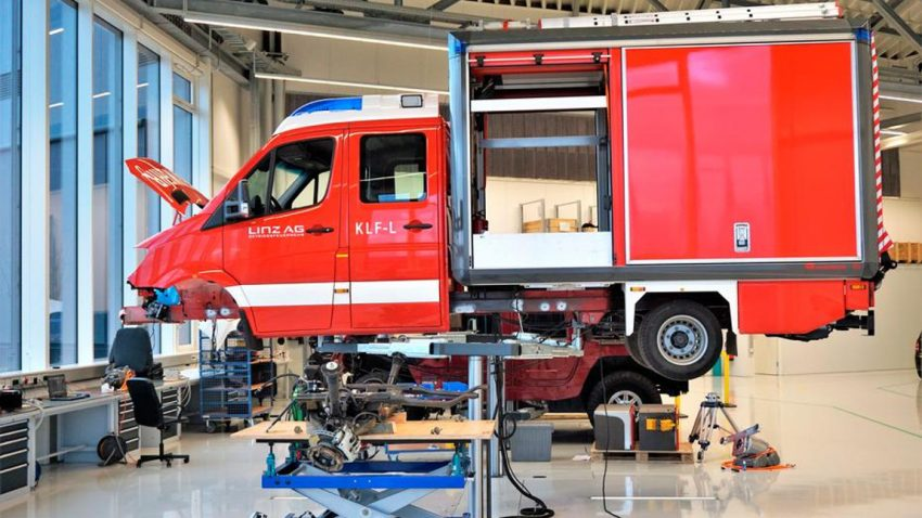 Erstes Elektro-Feuerwehrauto Europas kommt in Linz zum Einsatz