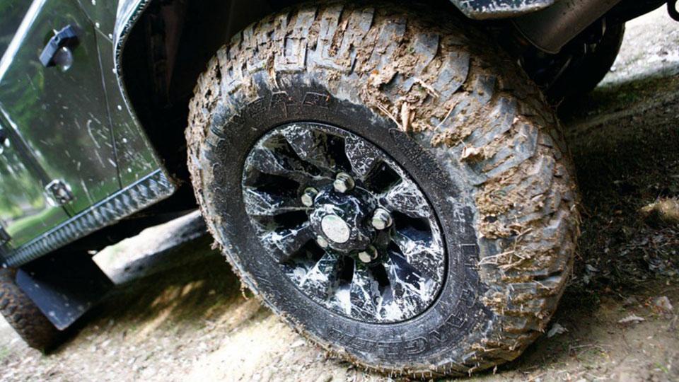 Reifenbauarten: Der Unterschied zwischen Diagonal- und Radialreifen
