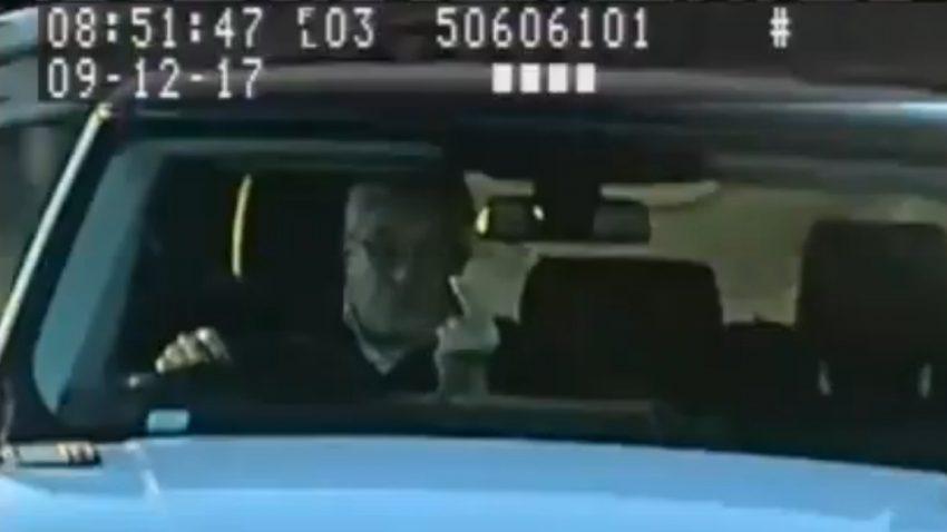 Mittelfinger gegen Tempo-Überwachung: Brite zu 8 Monaten Gefängnis verurteilt