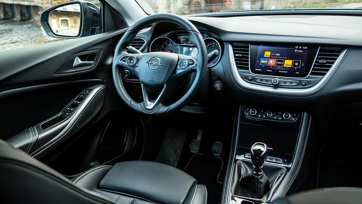 Opel Grandland X 1,2 Turbo Test