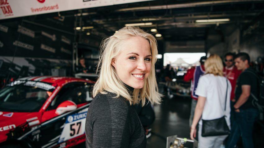 Portrait Laura Kraihamer 24h Nuerburgring 2018