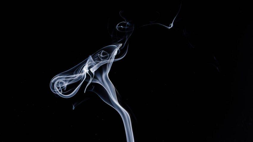 Rauchverbot im Auto: Ab 1. Juni wird gestraft!