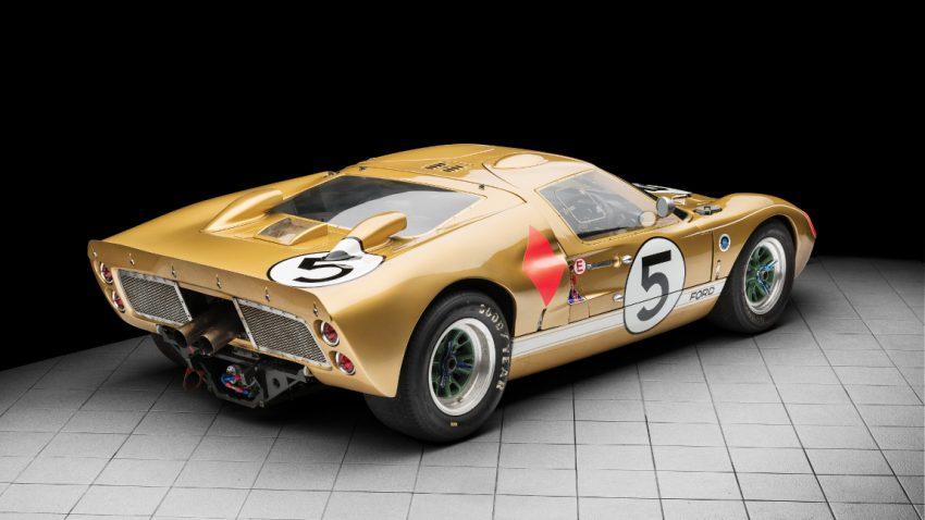 Dieser Ford Gt40 Holte 1966 In Le Mans Den Dritten Platz Und Sucht