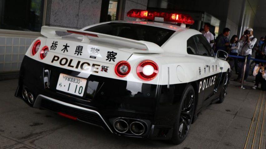 Wohltäter spendet Nissan GT-R an japanische Polizei