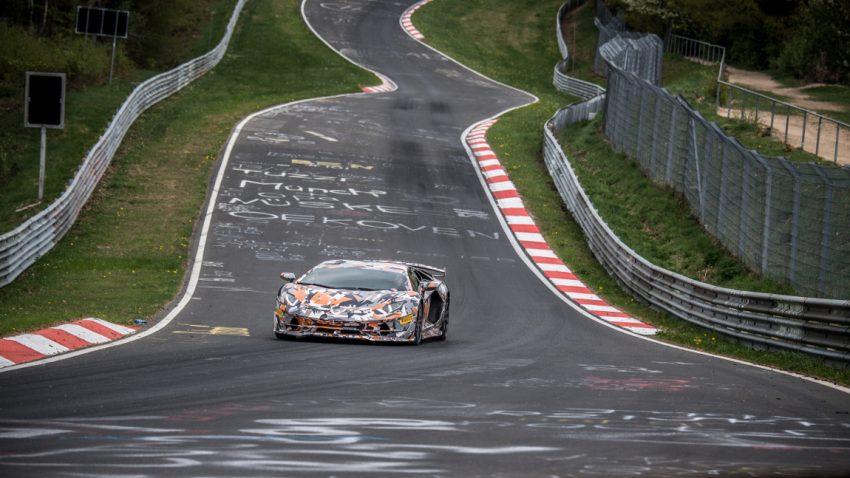6.44,97 Minuten: Lamborghini Aventador SVJ pulverisiert Porsches Nürburgring-Rekord für Serienfahrzeuge