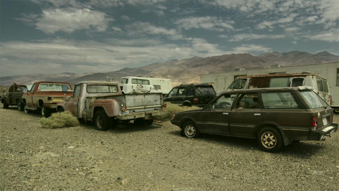 Ballarat Geisterstadt Rock Novak Charles Manson Truck Death Valley