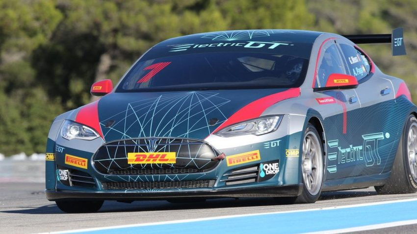Akku zu heiß: Renn-Tesla macht in Runde 2 schlapp