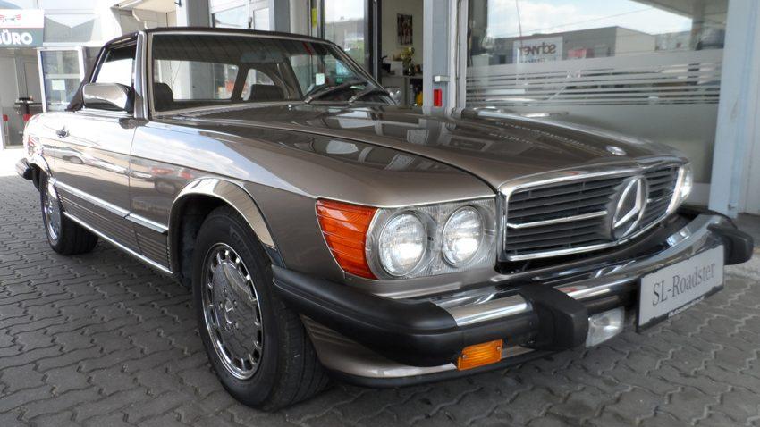 Gebrauchtwagen Mercedes Benz SL 560 zu verkaufen