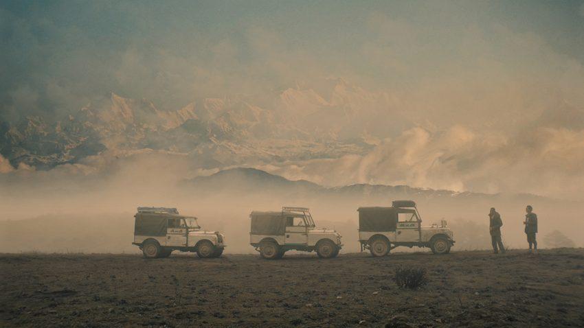 Land Rover Konvoi west-Bengalen indisch Himalaya