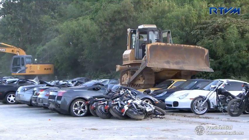 Lamborghini Gallardo, Nissan Skyline R34 GT-R und diverse Porsches auf den Philippinen verschrottet