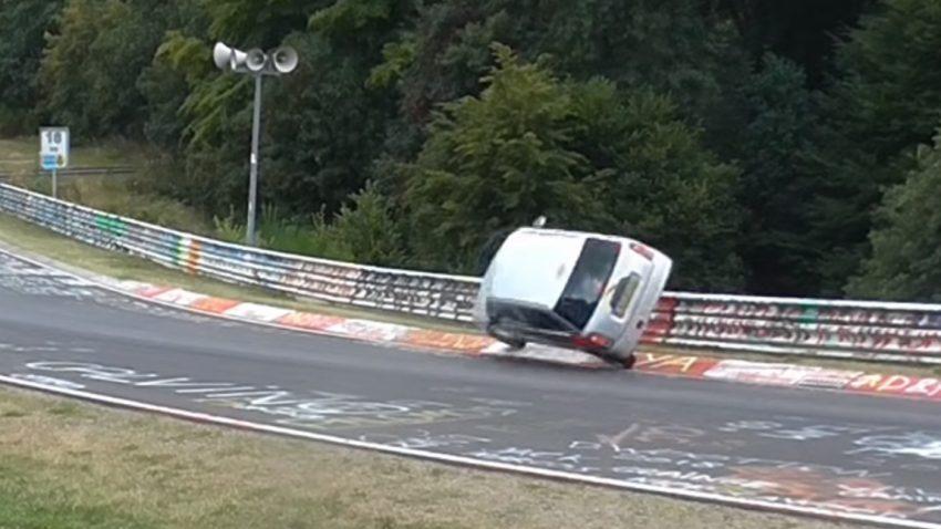 Instabile Seitenlage: Wahnsinns-save am Nürburgring