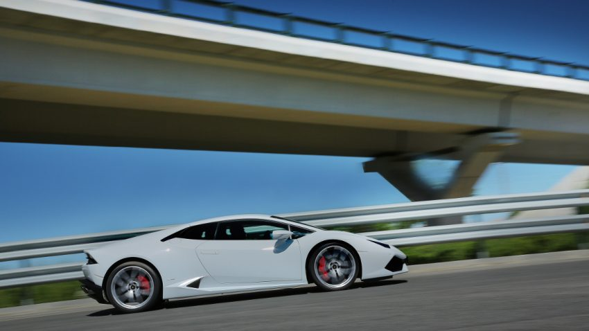 33 Mal geblitzt - in vier Stunden: Lamborghini-Fahrer soll 42.000 Euro Strafe zahlen