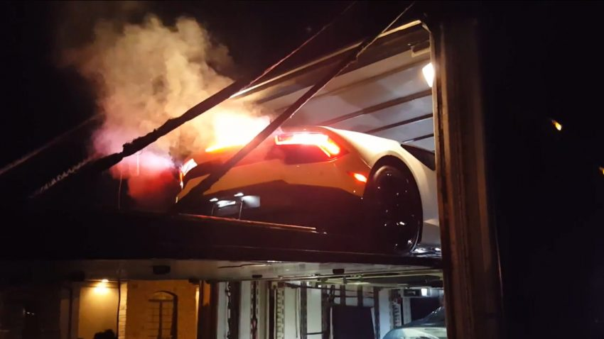 Die Dramatik einer Lamborghini-Lieferung