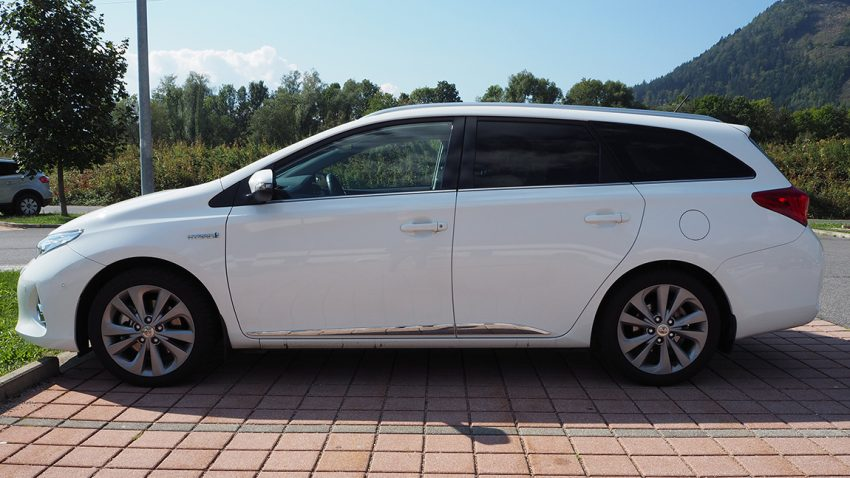 Gebrauchtwagen Toyota Auris Touring Sports Kombi Hybrid