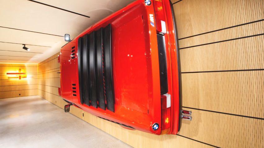 BMW M1: Gegen die Wand