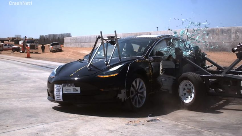 Das Tesla Model 3 im NHTSA-Crashtest