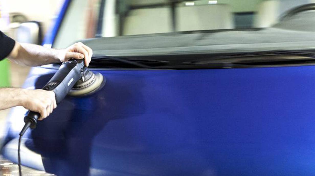 auto selber polieren auto polieren so wirds richtig gemacht auto selber waschen und polieren. Black Bedroom Furniture Sets. Home Design Ideas