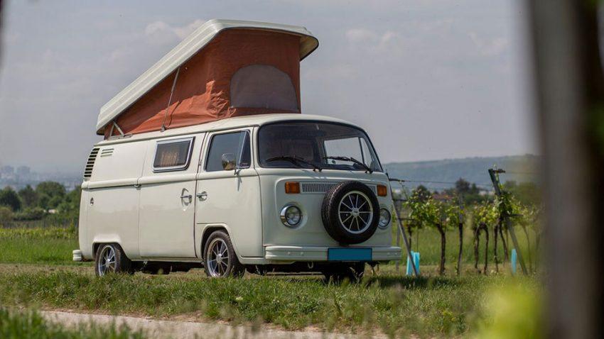 Volkswagen T2b Campingbus