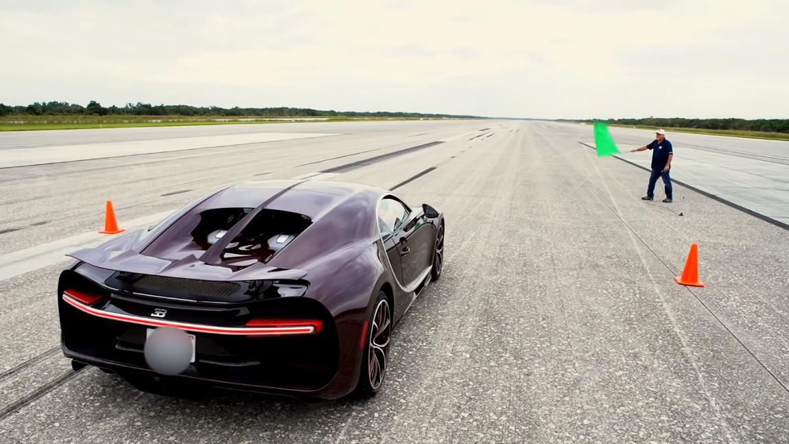 420 km h top speed im bugatti chiron. Black Bedroom Furniture Sets. Home Design Ideas