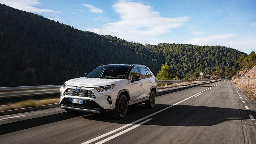 Neu: Toyota RAV4