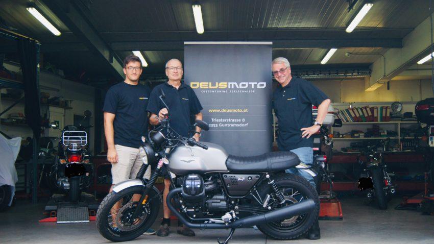 Göttliche Motorräder: Saisoneröffnung bei Deusmoto