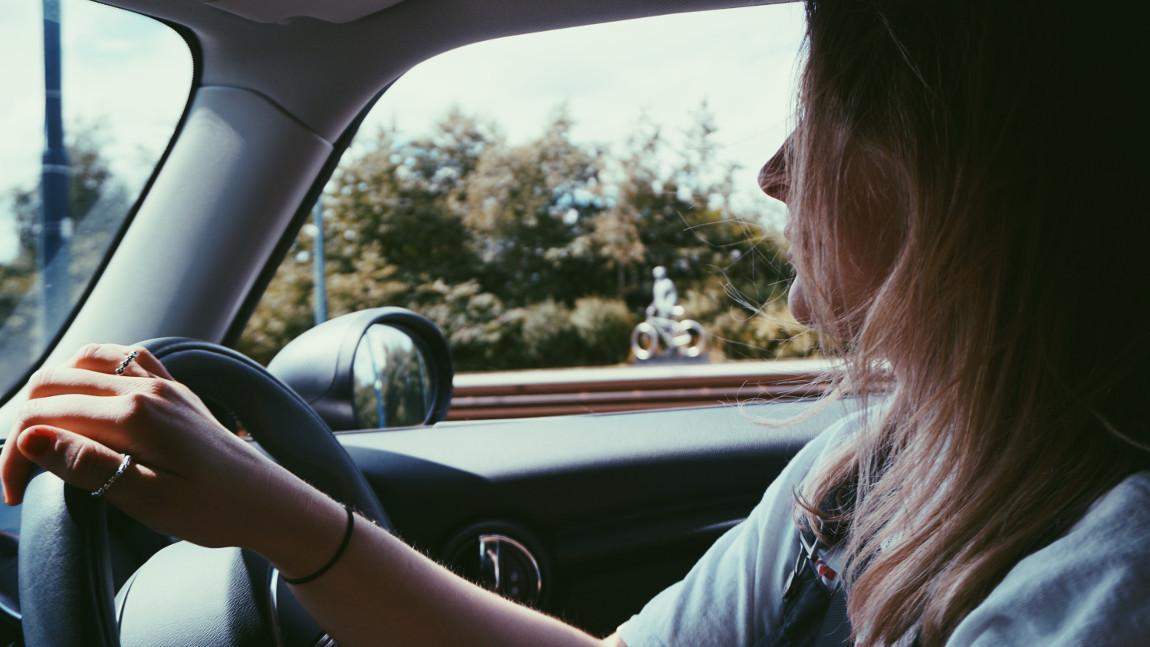 Praktische Fahrprüfung (Klasse B) Teil C: Fahren im Verkehr