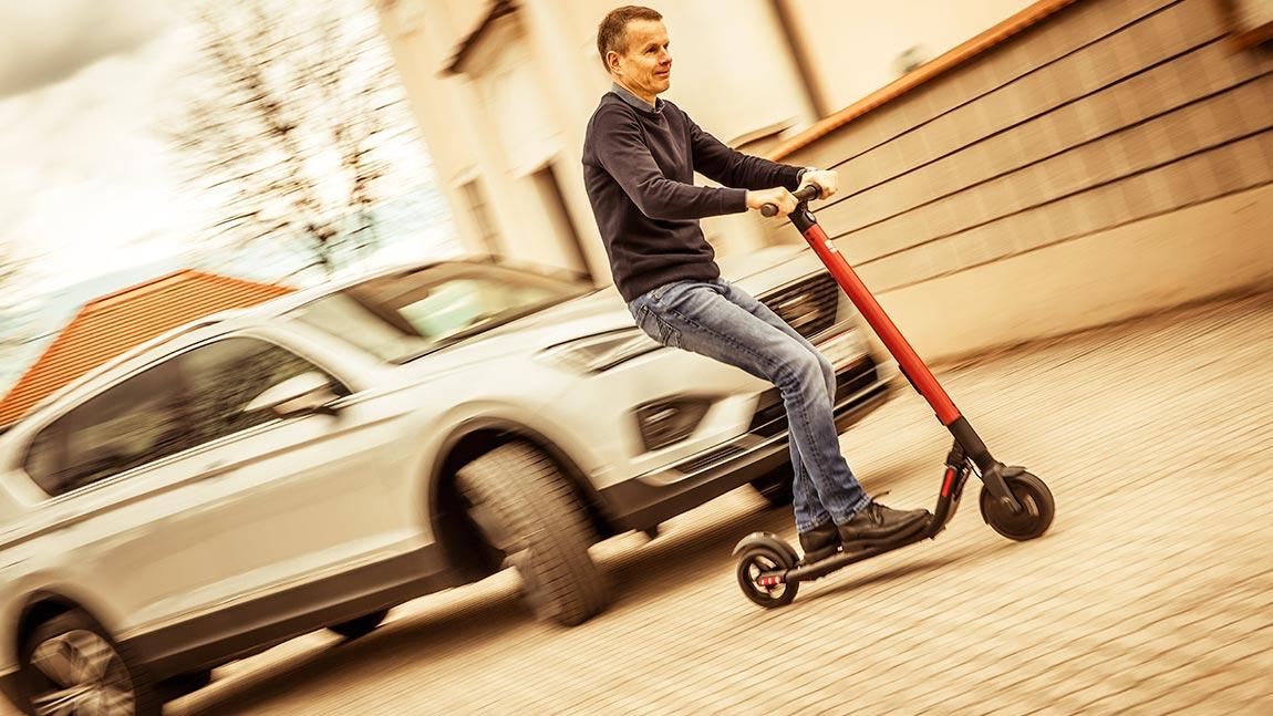 E-Scooter mit Straßenzulassung in Deutschland [Gesetze + Regeln]