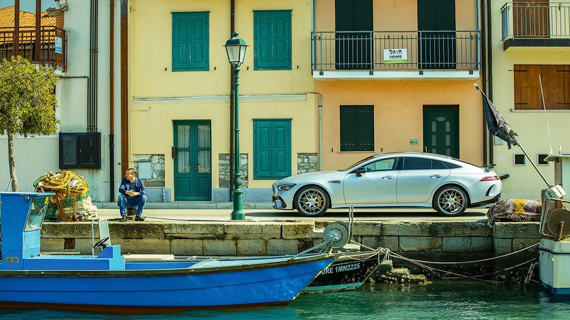 Mercedes AMG GT 63 S 4-Türer: Acht Trompeten auf dem Kontrabass