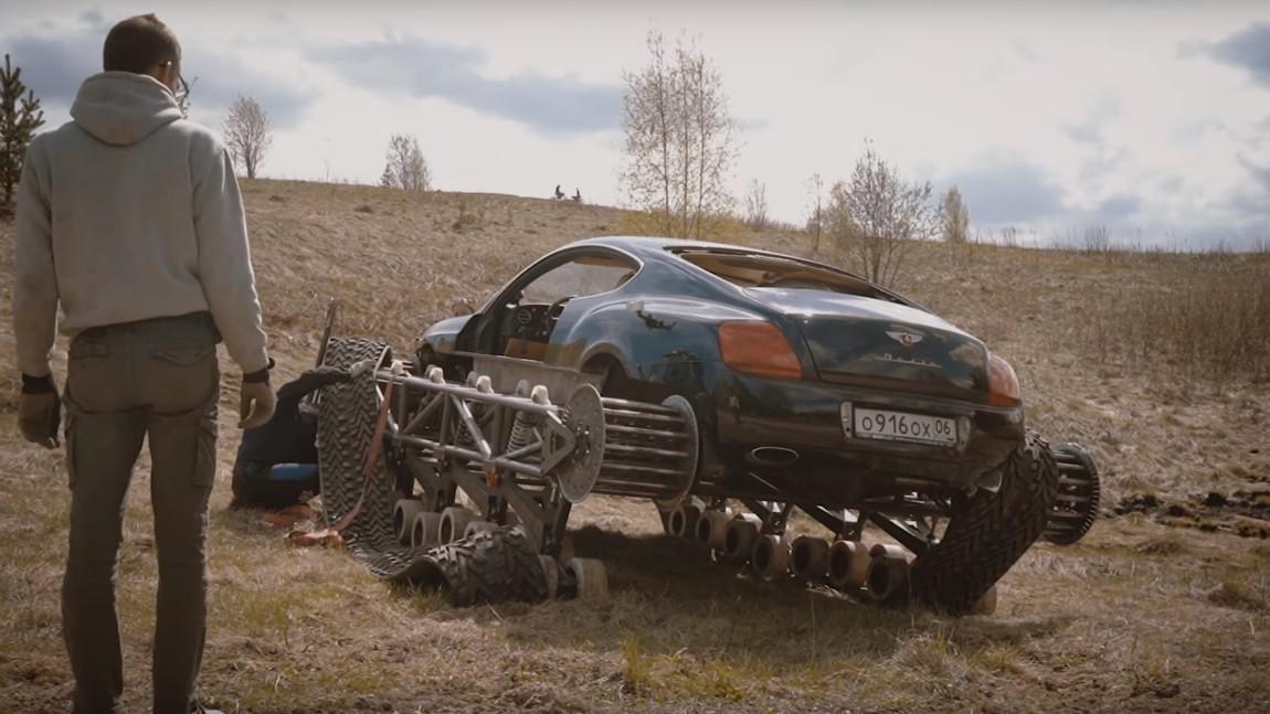 Weltrekord-Versuch im Bentley-Panzer