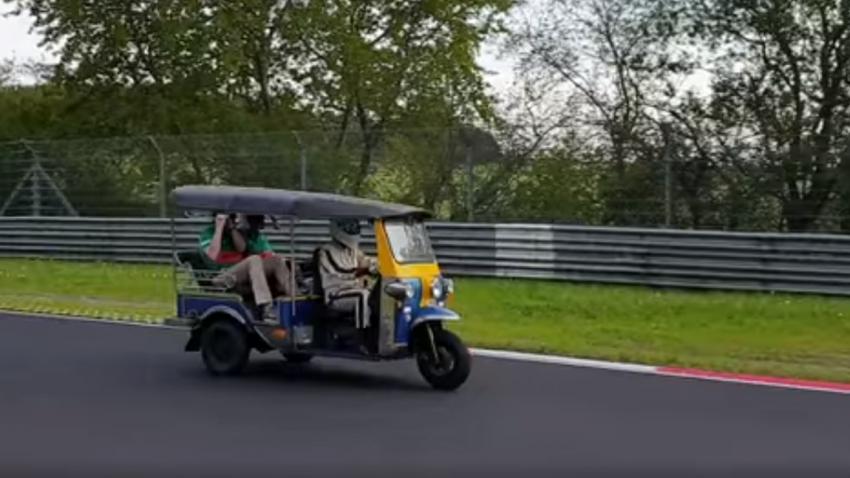 31:49,46 Minuten: Dieses Tuk-Tuk hat einen neuen Nürburgring-Rekord eingefahren