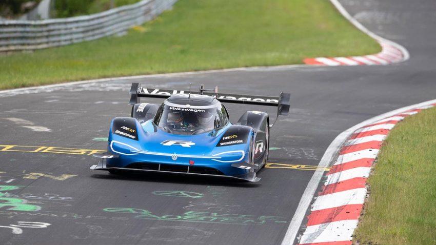 Volkswagen ID.R pulverisiert Elektro-Rekord am Nürburgring