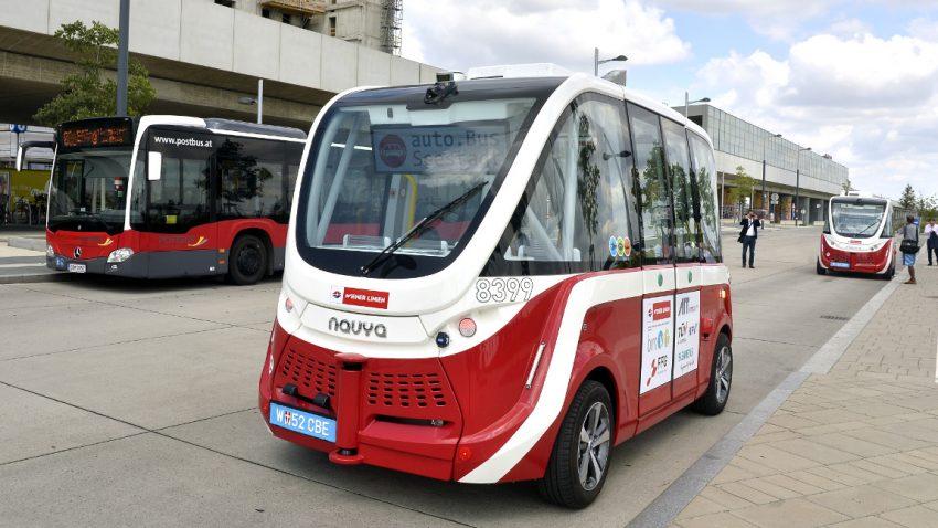 Nach leichtem Unfall mit Fußgängerin: Wiener Linien stoppen fahrerlose Busse
